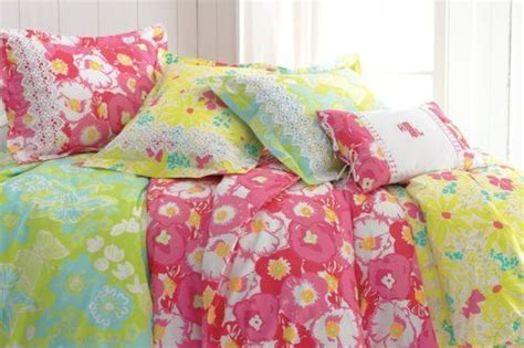 lilly pink small double bed frame 71 best lilly pulitzer bedroom images on bedroom bedrooms and lilly pulitzer