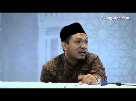 Salim Afillah Lapis Lapis Keberkahan salim a fillah bedah buku lapis lapis keberkahan
