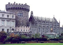Motorradverleih Dublin by Dublin Castle 1 2 Travel Die Irlandspezialisten F 252 R