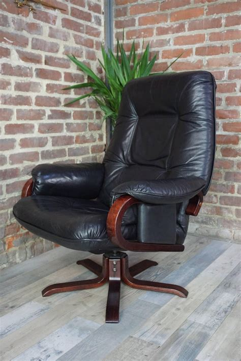 scandinavian leather recliner with ottoman set of scandinavian leather ottoman recliner and ottoman