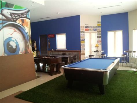 Floor And Decor Stores set up the perfect game room with these 5 tips