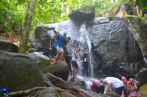 asrama mahasiswa kabupaten kubu raya gunung ambawang