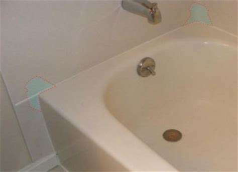 cleaning porcelain bathtub cleaning old bathtub 28 images a tub and sink cleaner that takes away rust and