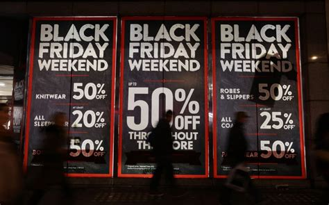 black friday   date   shopping event