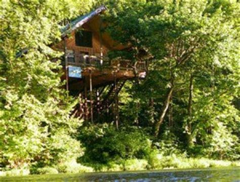 Treehouse Cabins Mo by Missouri Getaways Honeymoon Anniversary