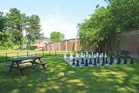 casa ajedrez ajedrez gigante en casas de turismo rural juegos al aire