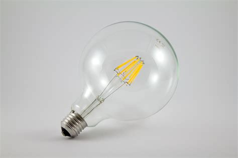 Renew The Season With Led Lights How Do Led Light Bulbs Last