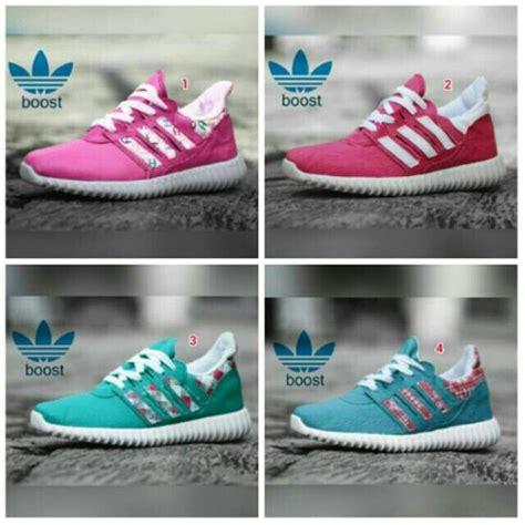 Sepatu Sport Wanita 06 17 terbaik ide tentang wanita adidas di adidas
