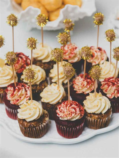 wedding cupcake ideas 16 wedding cake ideas with cupcakes