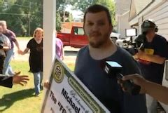 Odds Of Winning Pch 5000 A Week For Life - actual living breathing human wins publishers clearing house prize of 5k a week