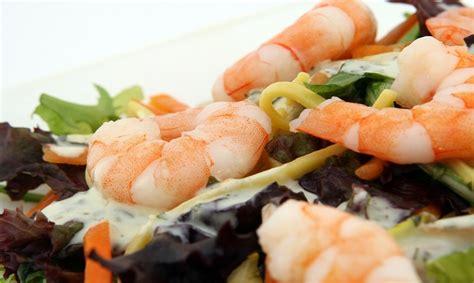 colesterolo alto e alimentazione colesterolo alto cosa mangiare 5 cibi da evitare in