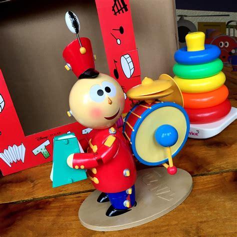 tin pixar dan the pixar fan tin tinny replica