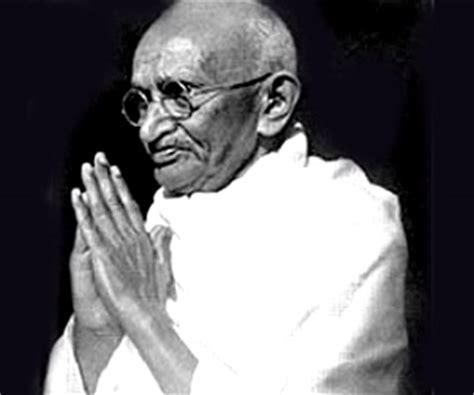 short biography of gandhiji mahatma gandhi famous people