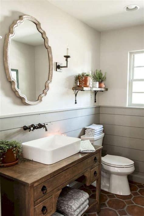 adorable small farmhouse bathroom design  decor ideas
