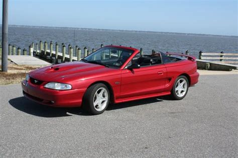 1998 mustang gt 4 6 find used 1998 ford mustang gt convertible 2 door 4 6l