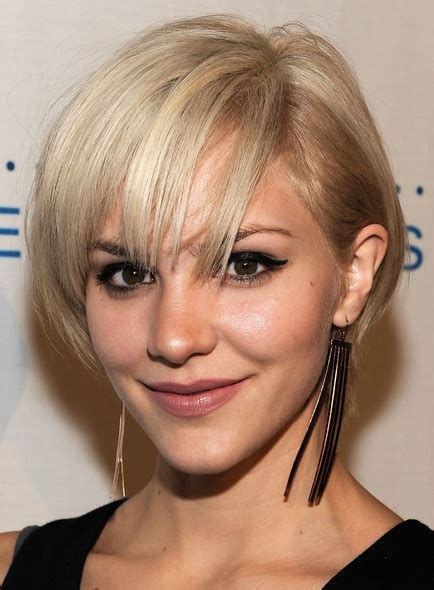 Short hairstyles for thick hair look very interesting and stylish on