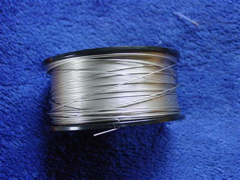 wire what of metal are the legs of resistors made
