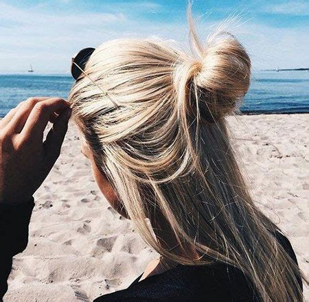 15+ latest summer beach hairstyles & ideas for girls 2016