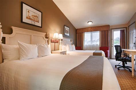 double queen bed double queen bed best western inn at face rock