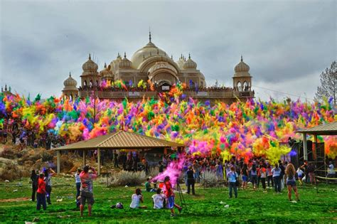 color festival india holi festival of color in india travell and culture