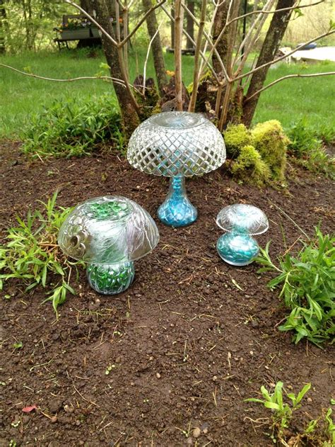 crafts for the garden 528 best images about garden totems on bird