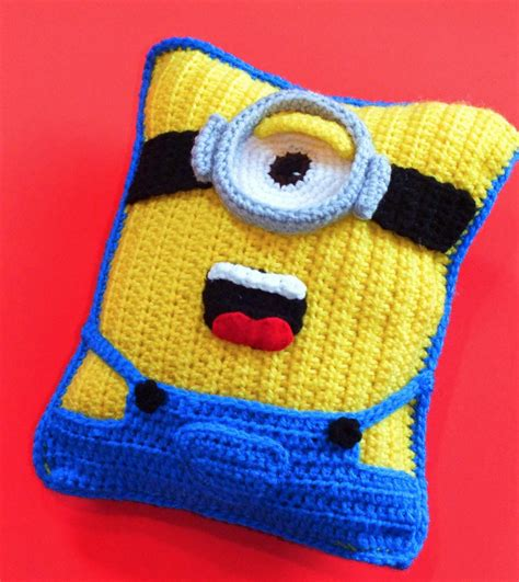 free crochet pattern minion crochet afghan square make minion crochet cushion pattern best collection the whoot