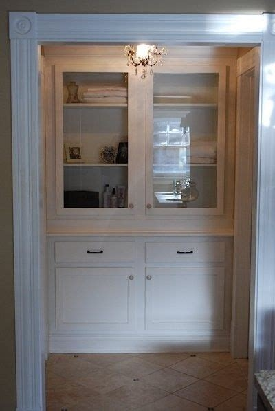 hand crafted built  linen closet  larue woodworking