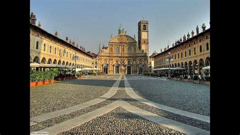 vigevano pavia vigevano pavia lomellina lombardia piazza ducale italian