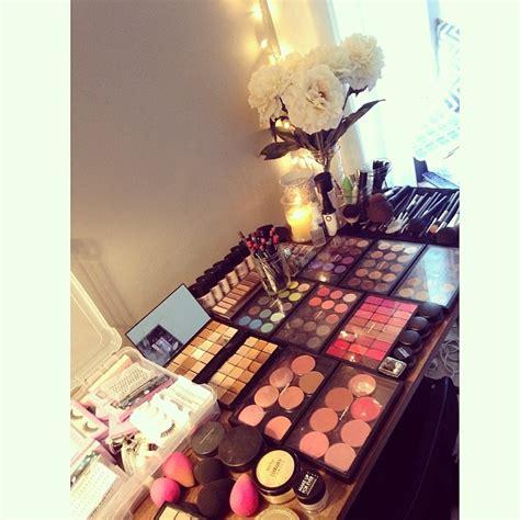 wedding hair and makeup utica ny makeup artist table setup fay