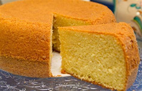 una tarta sencillsima de hacer con colores muy primaverales cu 225 les son los ingredientes para hacer una torta de un kilo