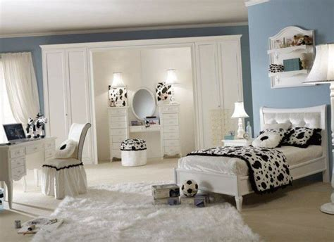 young woman bedroom ideas best 20 young woman bedroom ideas on pinterest purple