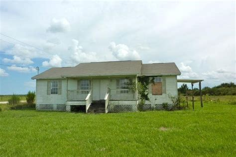 houses for sale in okeechobee florida 14412 nw 264th st okeechobee fl 34972 detailed property info reo properties and