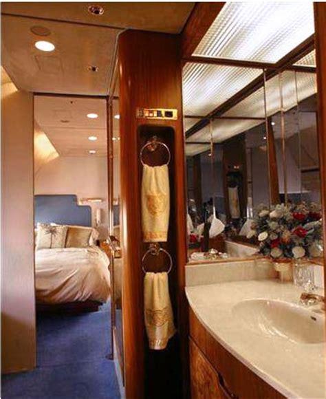 private plane bathroom the fed prints money
