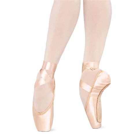 bloch pointe shoes bloch serenade mrk ii pointe shoes blcs2131l 73 99