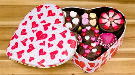 valentines day cupcake boxes box of chocolate cupcakes s day cupcakes from