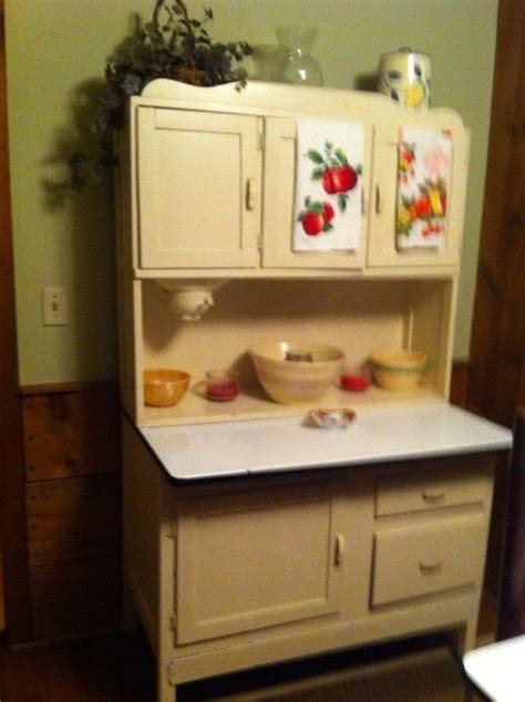 kitchen hoosier cabinet 17 best images about hoosier cabinets on pinterest