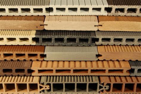 Len Aus Holzbalken by Materialkunde Der Beste Belag F 252 R Terrasse Und Balkon