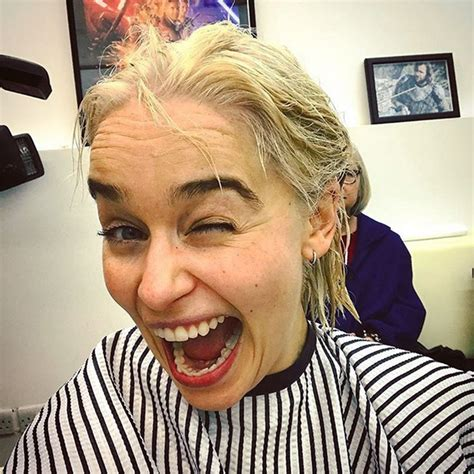 What Color Goes With Gray by Emilia Clarke Dyes Her Hair Khaleesi Blonde People Com