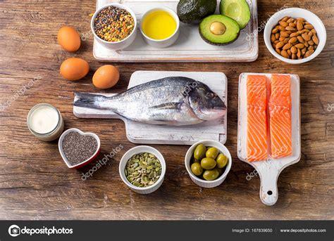 alimenti ricchi di omega3 alimenti ricchi di omega 3 foto stock 169 bit245 167839650