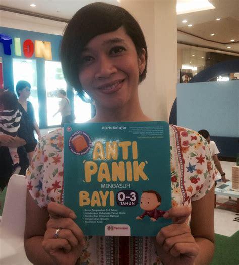 Buku Anti Panik Mengasuh Bayi 0 3 Tahun Best Seller dari raffi hingga ashanty bantu istri indra birowo tulis buku kapanlagi