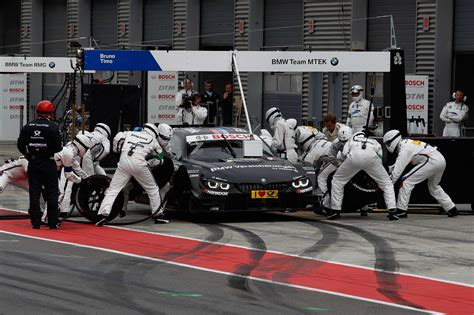 bmw bank ag lausitzring de 31th may 2015 bmw motorsport race 04
