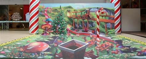 Boneka Tema Natal Santa Claus ide mural untuk dekorasi hari natal yang menarik
