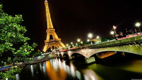 beautiful pictures from the eiffel tower beautiful night photo of the eiffel tower wallpapers and