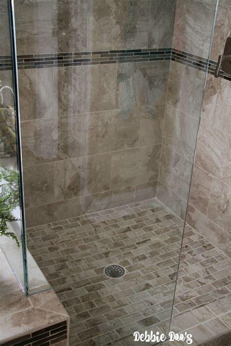 Seamless Shower Doors Never Soap Scum Again On Your Shower Doors Debbiedoos