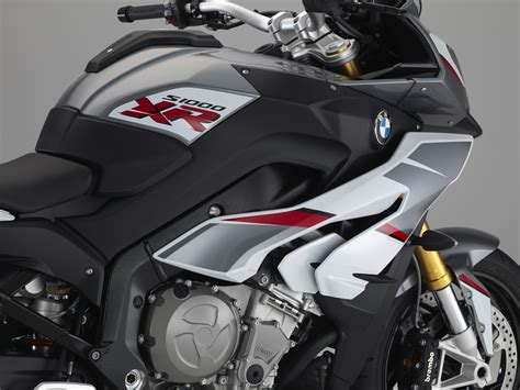 Shuttlecock Green Pro By Gs Sport bmw adds new multi color paint for the s 1000 xr