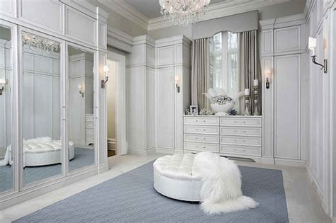 Big White Wardrobe What S In Your Closet Toronto Image Consulting
