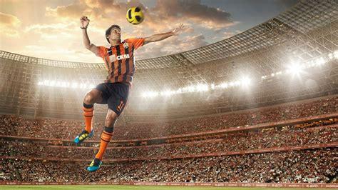 imagenes hd futbol fondo de pantalla salto futbolista hd
