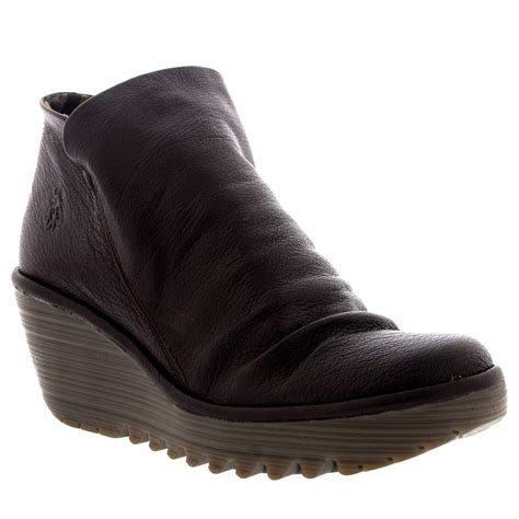 womens fly yip mousse casual wedge heel winter