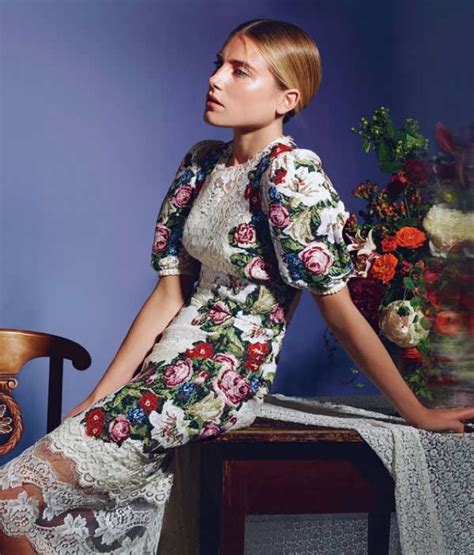 Editorial Dress Of The Month Dolce Gabbana by Hbz 1012 Dree Hemingway Dolce Gabbana Dress Saved By Chic