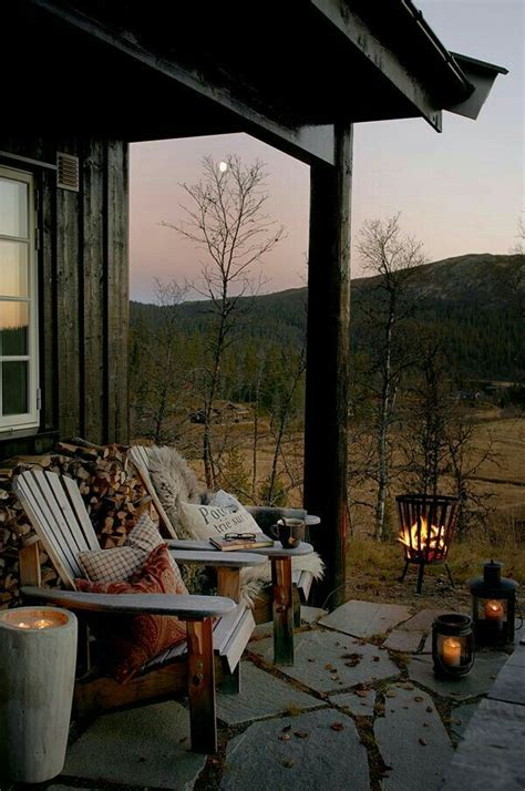cozy log cabin porch home inspirtations pinterest 4956 best cabins and rustic decor images on pinterest